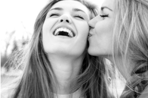 amazing-beautiful-best-friends-girl-Favim.com-809795
